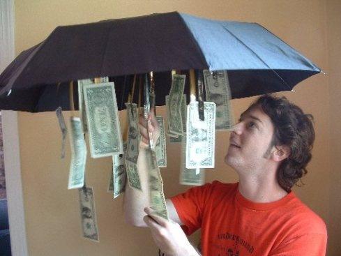 pinigai-sketyje