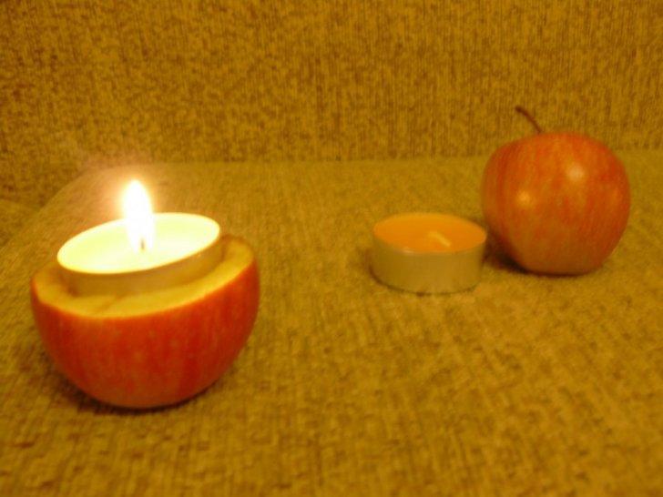 Žvakės obuoliuose