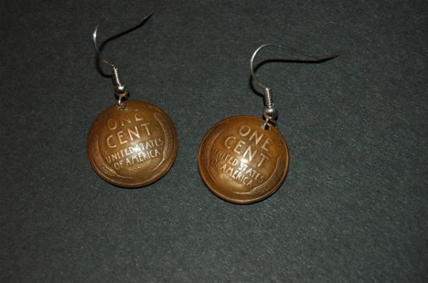 monetos-auskarai