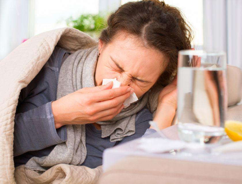 Į peršalimą ranka numoti nereikėtų: kas dešimtas susiduria su komplikacijomis