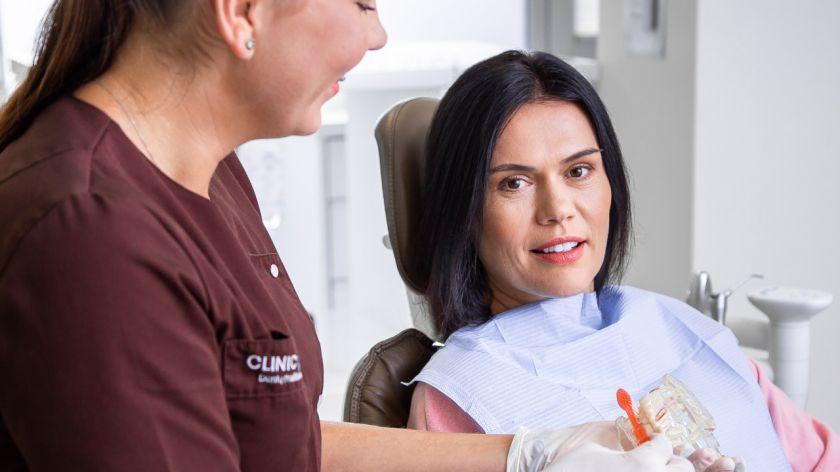 Negydomi dantys gali sukelti kraujagyslių ir širdies ligas