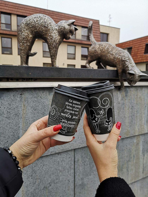 Ką bendro turi kava ir katės?