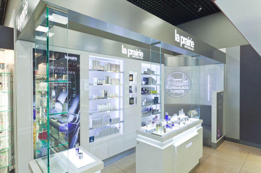 """Po rekonstrukcijos """"KristiAnos"""" salonas Vilniaus """"Akropolyje"""" tapo moderniausiu Baltijos šalyse"""