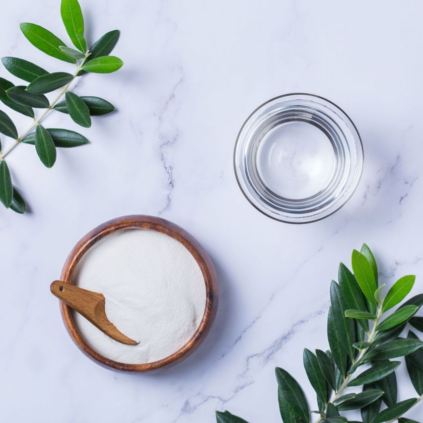 3 eksperto patarimai, kaip prižiūrėti išsausėjusią odą karantino metu