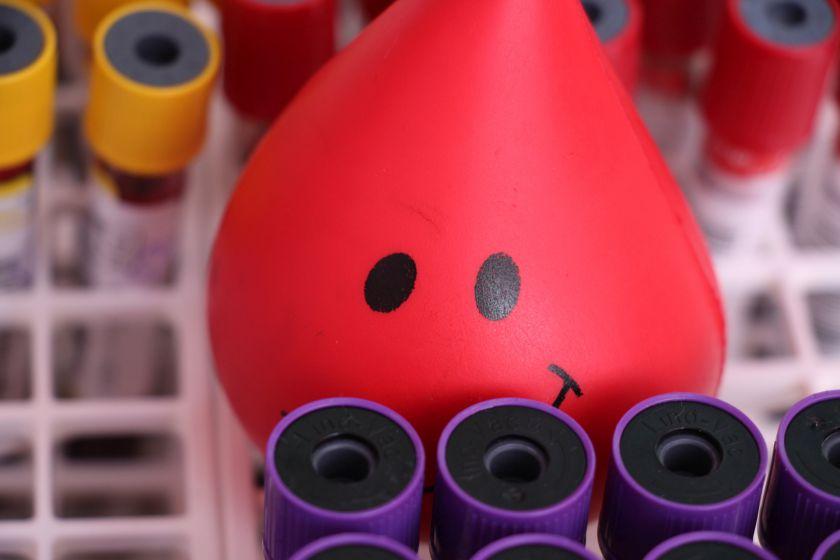 Nacionalinis kraujo centras ruošiasi karantino švelninimui – prašo aukoti kraujo