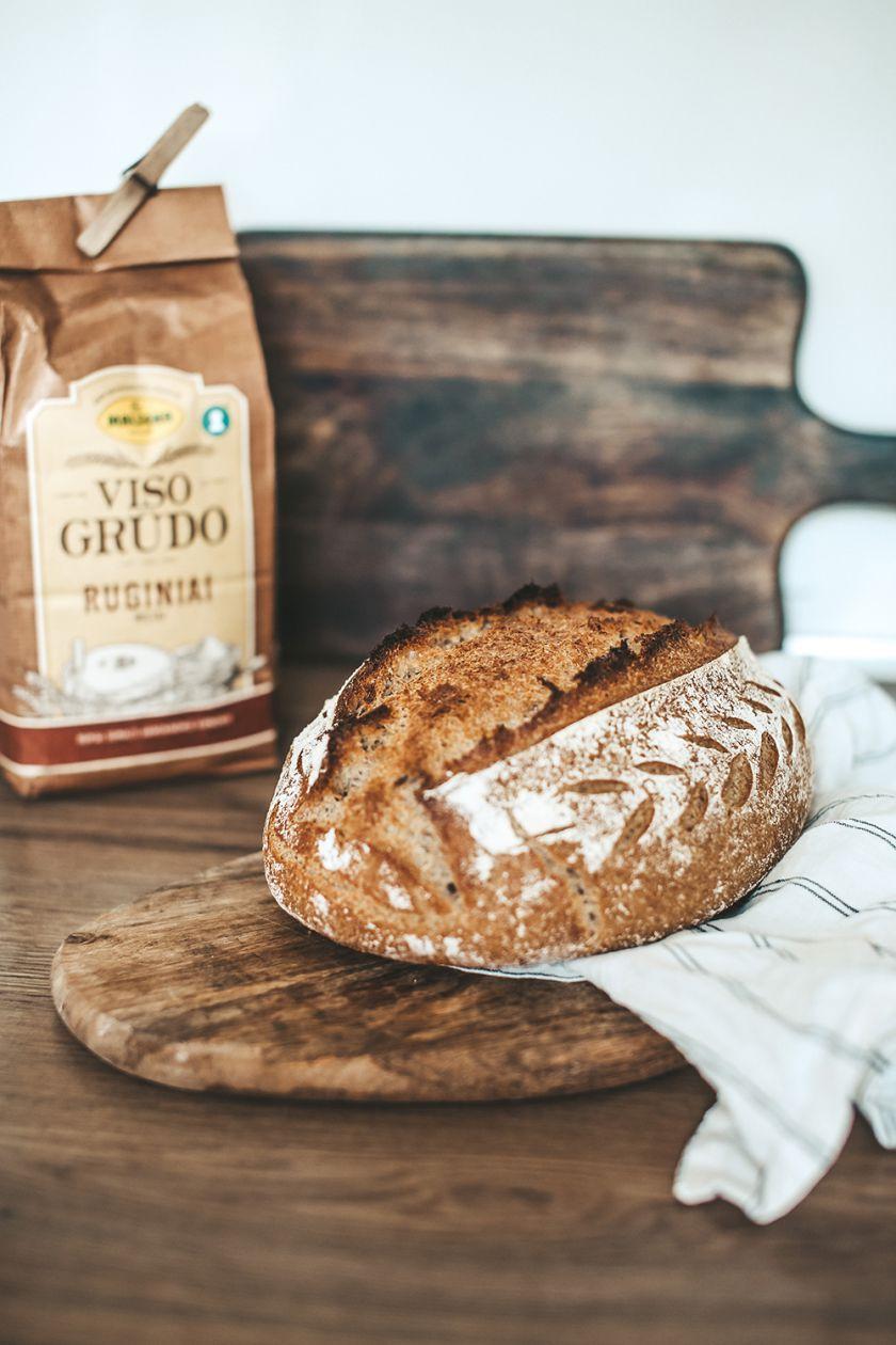 Duonos kepimo pradžiamokslis – 5 netikėti patarimai ir 2 gardūs receptai