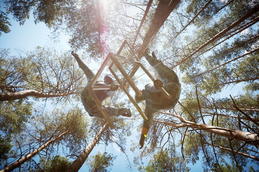Balansas medžių viršūnėse Europos parke