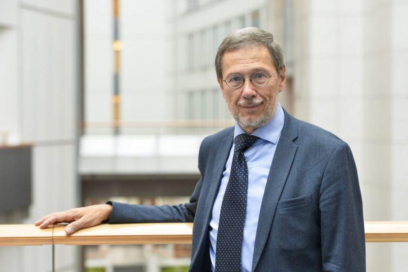 EP narys prof. Liudas Mažylis eurokomisarui Virginijui Sinkevičiui pateikė klausimų apie naująją ES Cheminių medžiagų strategiją