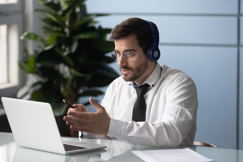 ZOOM laikų atmintinė: 5 patarimai, kurie pravers ieškantis naujo darbo
