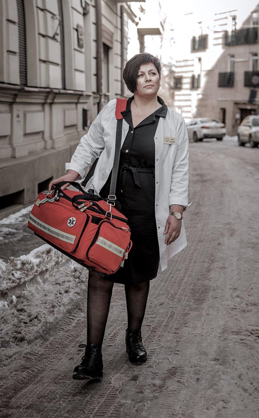 """""""Kiek laiko man dar liko gyventi?"""": Loreta Noreikienė apie nepamirštamas emocijas ir sukrečiančius patyrimus paskutiniaisiais Virgilijaus Noreikos gyvenimo metais."""