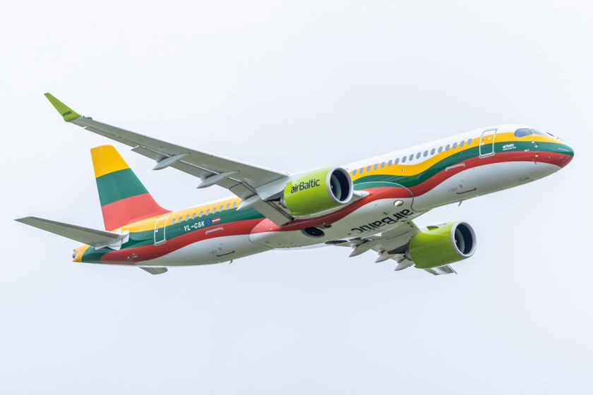 """""""airBaltic"""" tęsia partnerystę su """"Tarptautinėmis Ukrainos avialinijomis"""": toliau siūlys skrydžius iš Vilnius į Kijevą"""