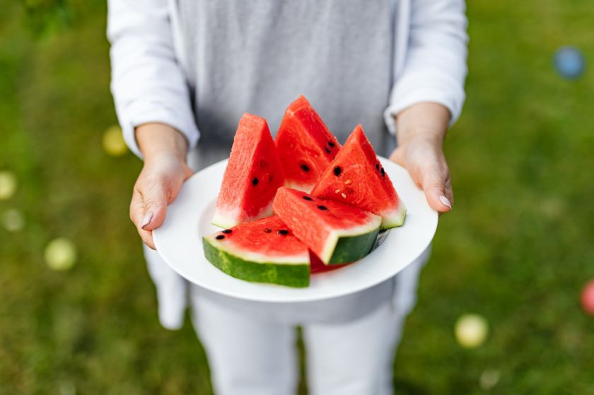 Arbūzai jau pasiekė parduotuves – kaip išsirinkti skaniausią vaisių