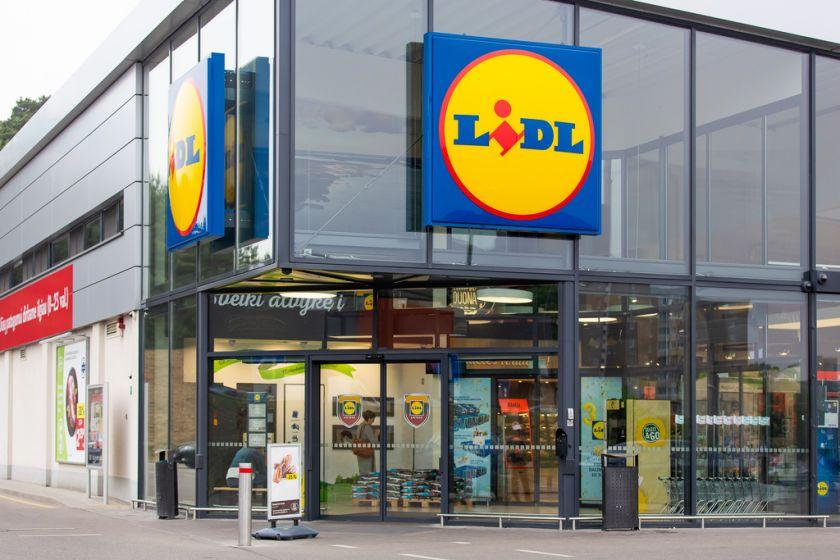 """Vilniečiai kviečiami vakcinacijai prie """"Lidl"""" parduotuvės: lauks skiepų autobusas"""